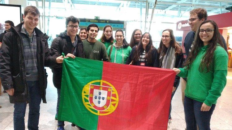 Jovens portugueses (imagem Vatican News)