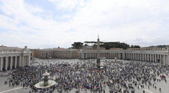 Papa no Domingo da Santíssima Trindade (imagem: Vatican News)
